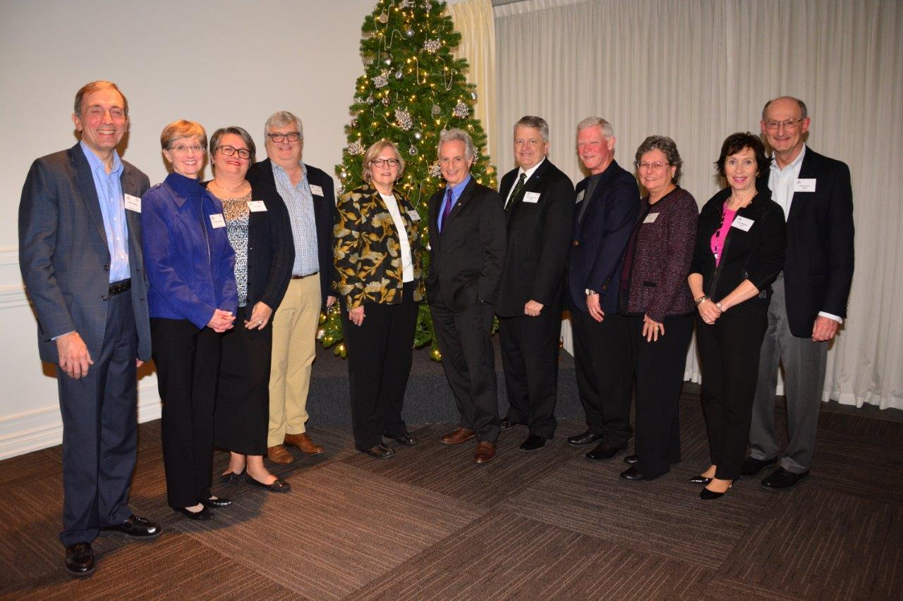 (l to r)Mark & Angela Lukowski, Tanya & Tim Corkum, Wendy Burton, David Goldbloom, Mayor Rob Burton, Barry & Angie Wylie, Susan McArthur, David Posen